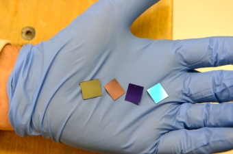 Gold Nanodots-filled Wafers